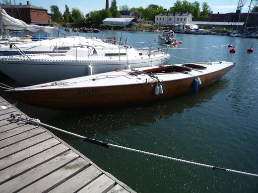 FIN-009 Vis-a-vis in Suomenlinna