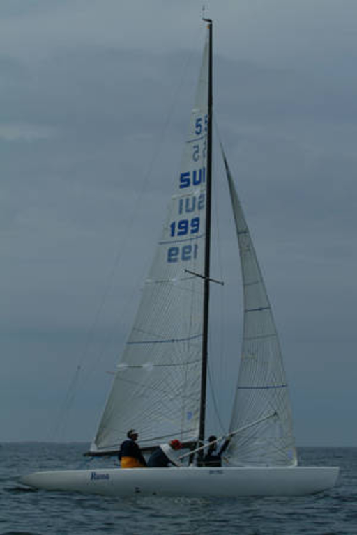 5.5 SUI 199 - ready to set the spinnaker