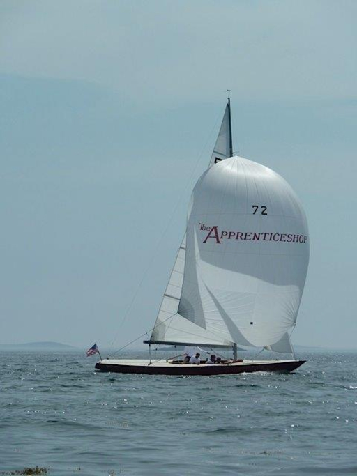 "5.5 USA 62 ""Lyric"" - under Spinnaker"