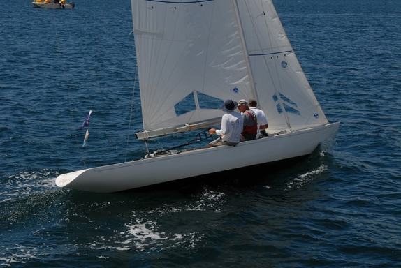 "5.5 AUS 16 ""Pam"" - on Pittwater"