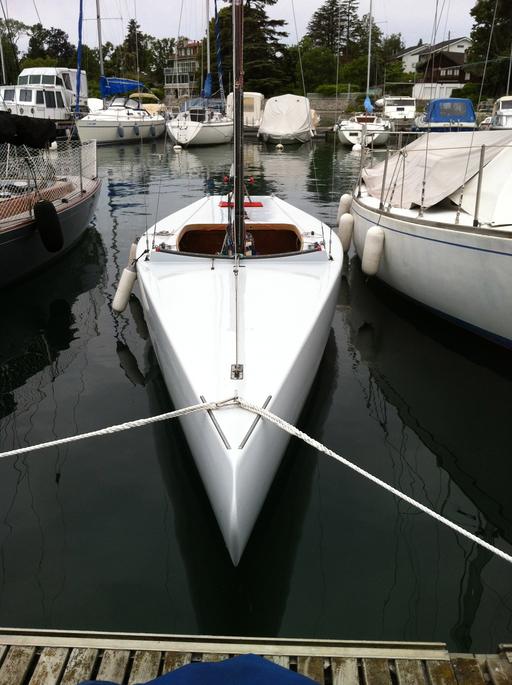 """5.5 SUI 153 """"Aquavit"""" - front view"""