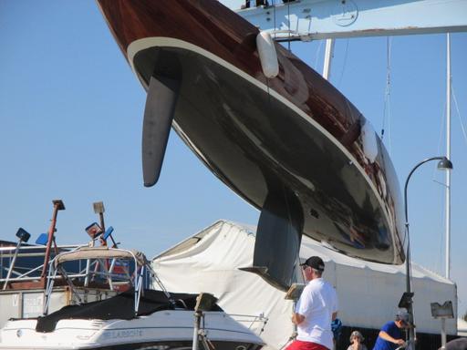 5.5 SUI 182 - hull