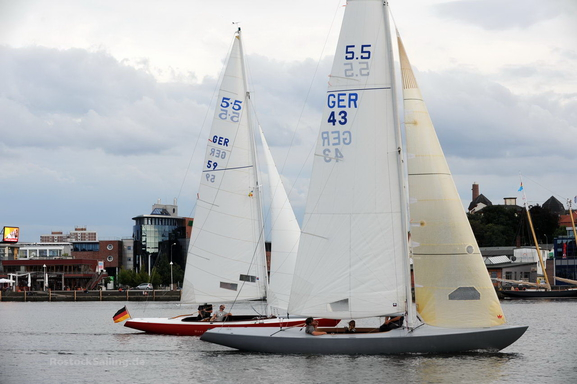 5.5 GER 43 - racing with GER 59