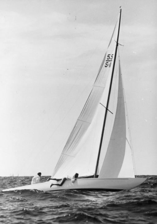 SWE-011 Charm II