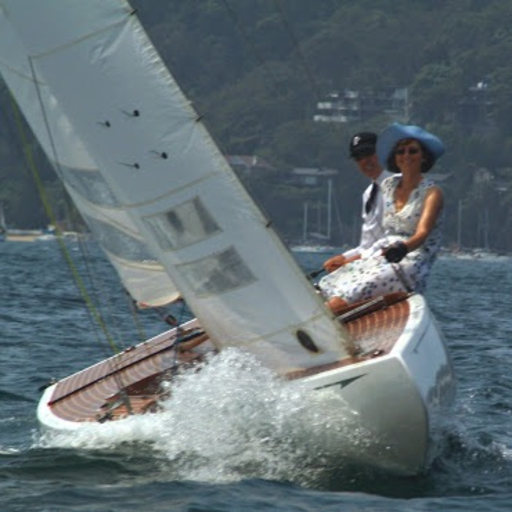 Sailing in the Royal Motor Yacht Club Classic Regatta