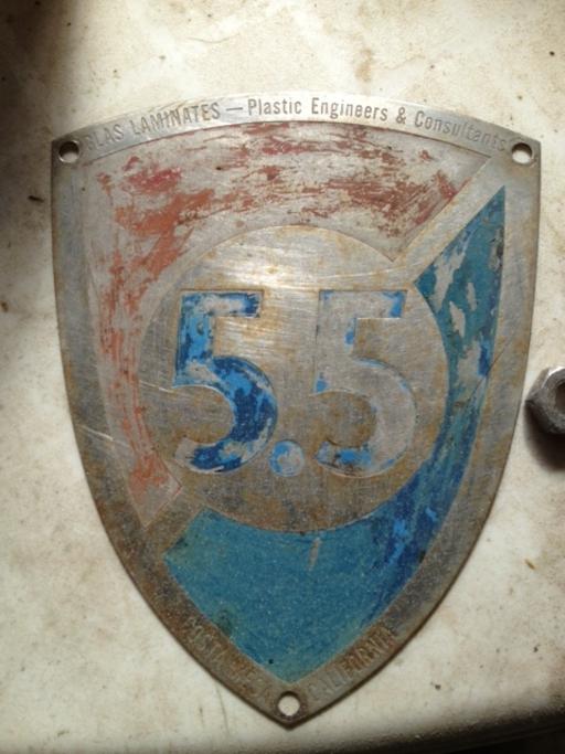 5.5 USA 18 [Columbia] - Class badge