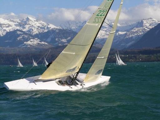Racing the Niesencup, Lake Thun (SUI)...
