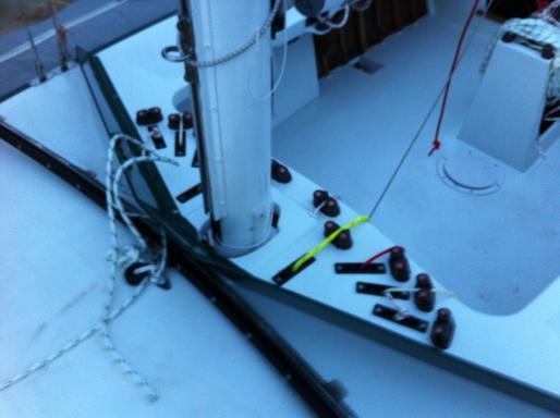 5.5 AUS 32 - deck hardware