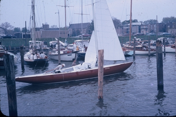 1964 In habour